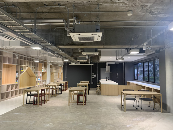 ホール・カフェスペース